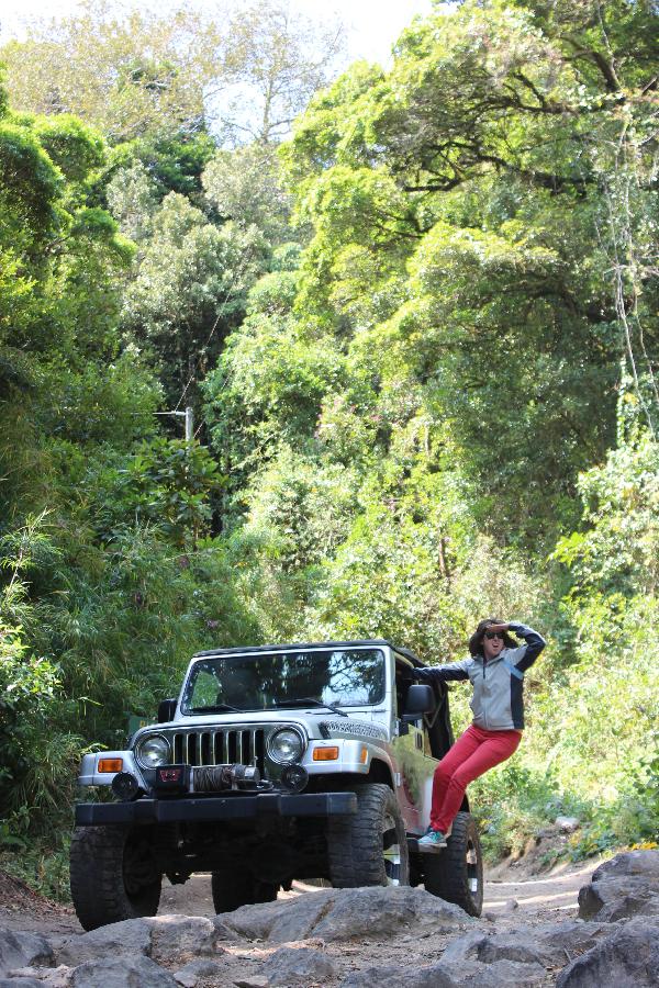 Ellie Jeep Volcan Baru
