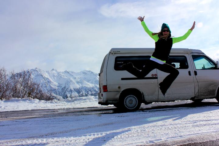 12.Hop in Alaska