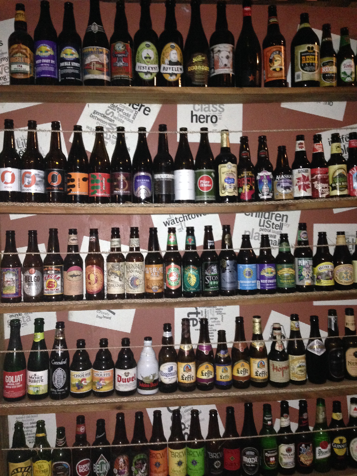 Mopelia Beer Wall